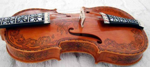 unusual instruments 19 (1)