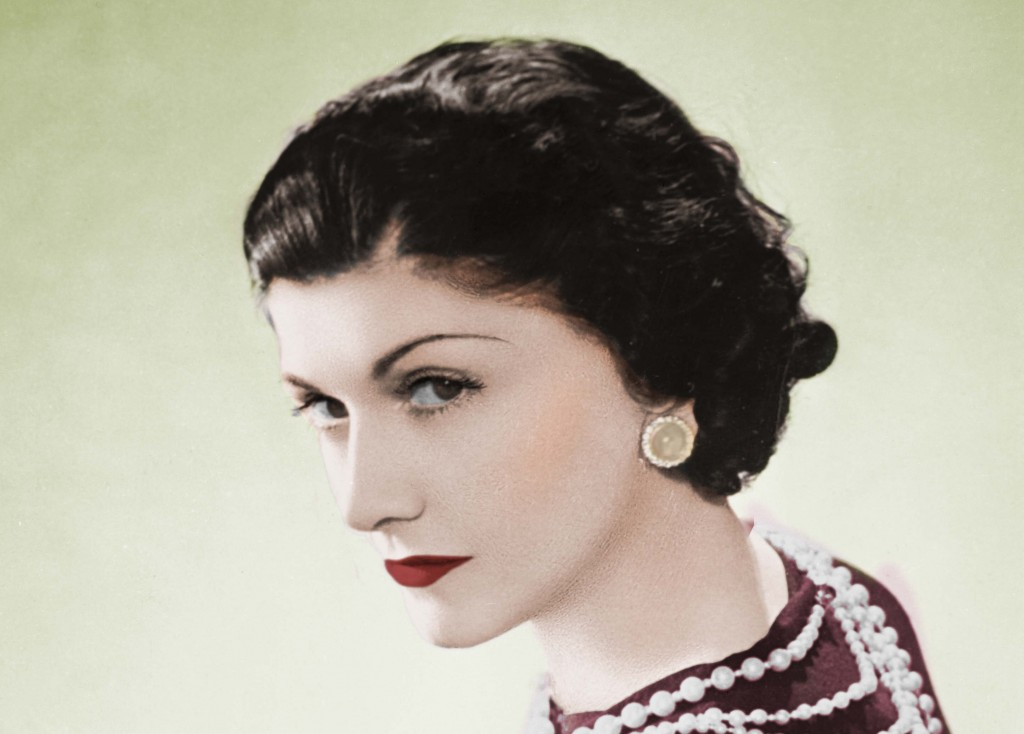 FRANCE - CIRCA 1936: Coco Chanel, French couturier. Paris, 1936. Colourized photo. (Photo by Lipnitzki/Roger Viollet/Getty Images)
