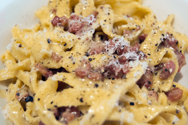 easy Carbonara pasta recipe 11 (1)