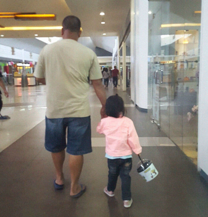 father daughter holding hands pics 4 (1)