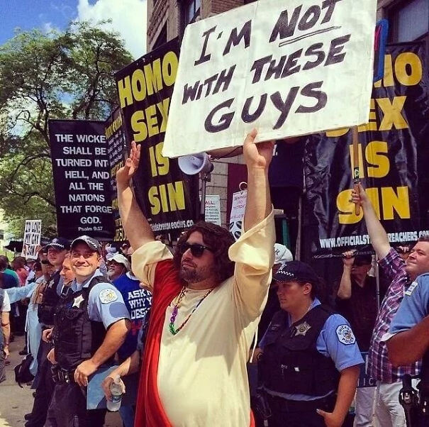 funny protest signs trolling people 11 (1)