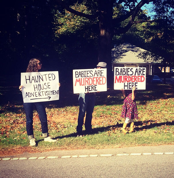 funny protest signs 26 (1)