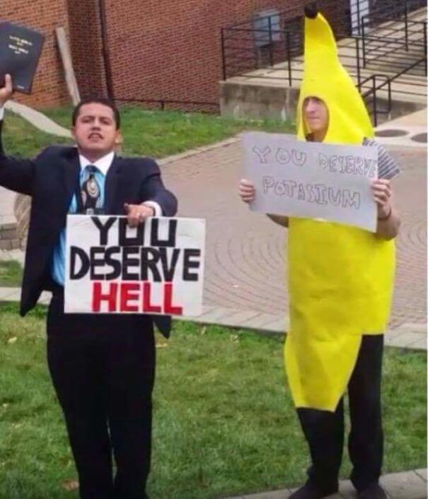 funny protest signs 31 (1)