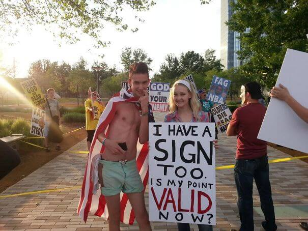 funny signs trolling people 49 (1)