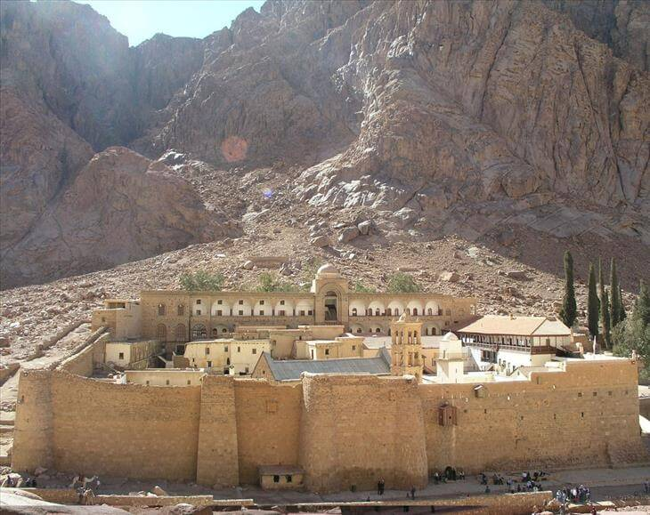 oldest buildings in the world 2 (1)
