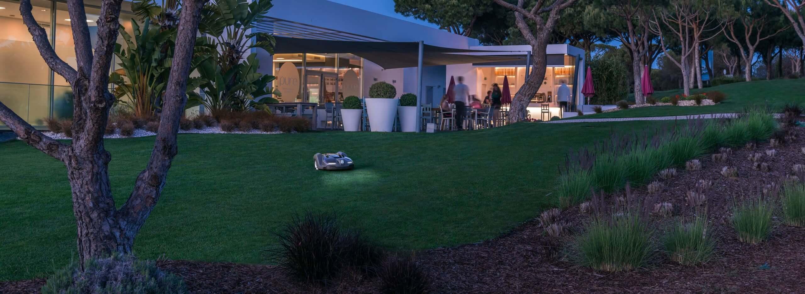 robot lawnmowers 2 (1)