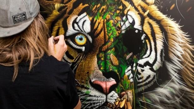 street sonny animals artist endangered animal history lives portraits speaks advertisement