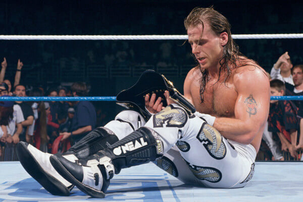 why do wrestlers wet their hair - shawn michaels (1)