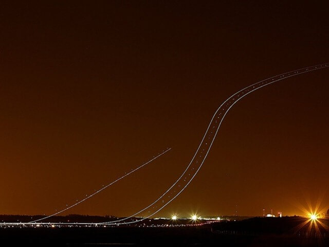 long exposure photos or airplanes taking off 10 (1)