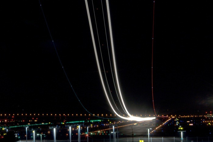 long exposure photos or airplanes taking off 11 (1)