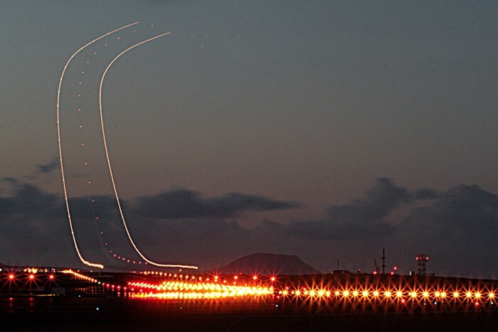 long exposure photos or airplanes taking off 13 (1)