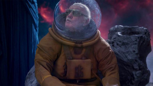 stan-lee-cameo-guardians-of-the-galaxy-2
