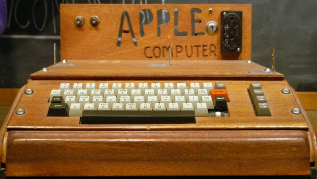 history of apple feat (1)
