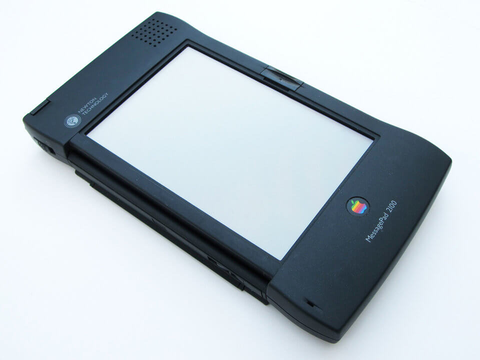 history-of-apple-in-pictures-Newton-Message-Pad