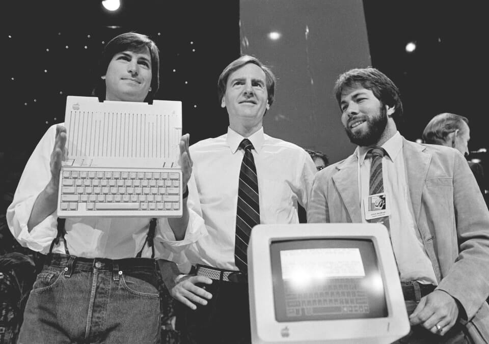 history-of-apple-in-pictures-friction-between-jobs-sculley