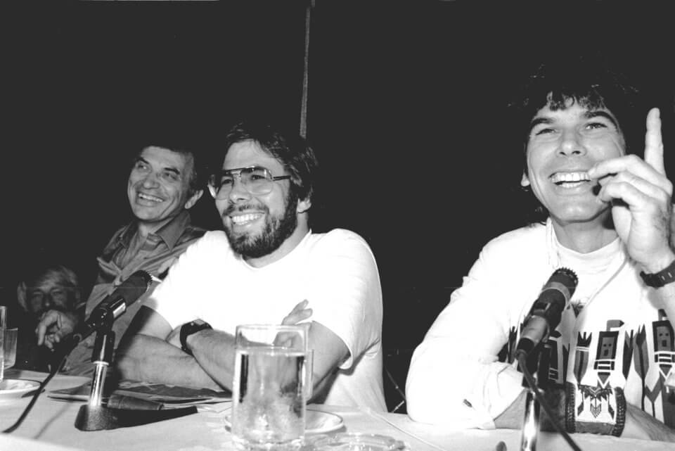 history-of-apple-in-pictures-wozniak-left