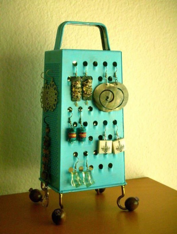 life-hacks-jewelry-rack