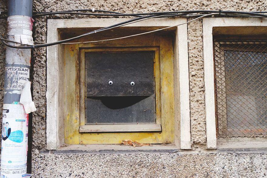 street-objects-googly-eyes12