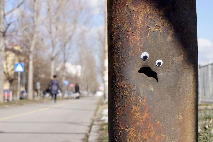 street-objects-googly-eyes13