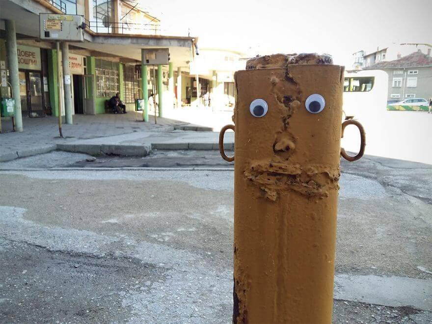 street-objects-googly-eyes4