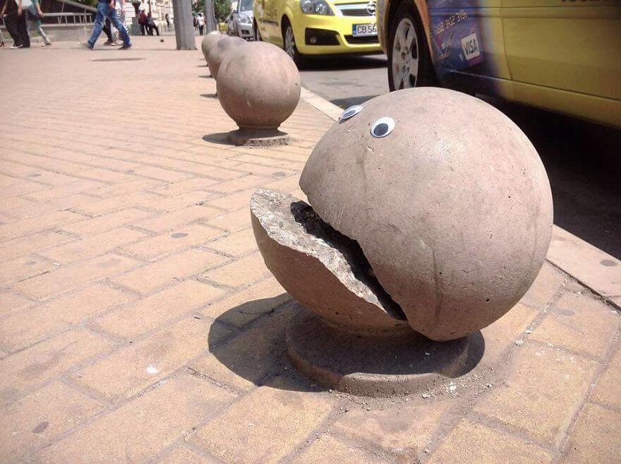 street-objects-googly-eyes6