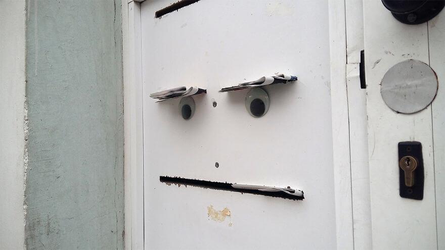street-objects-googly-eyes7