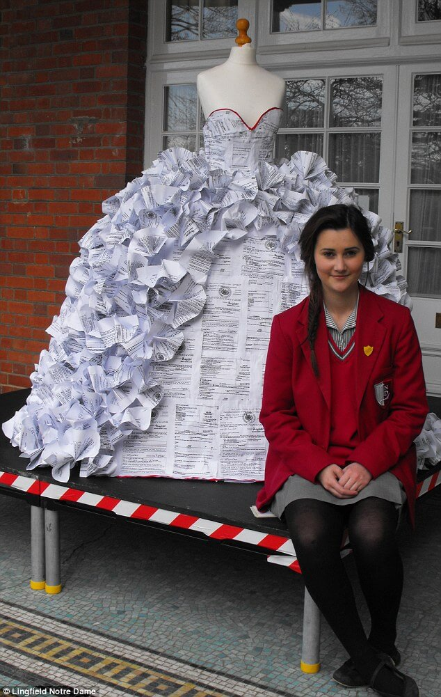 wedding dress made out of divorce papers 1 (1)