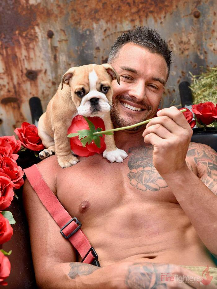 australian-firefighter-pose-with-animals-2019_20