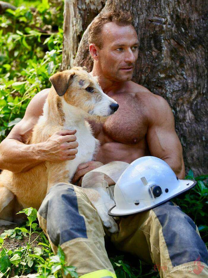 australian-firefighter-pose-with-animals-2019_27