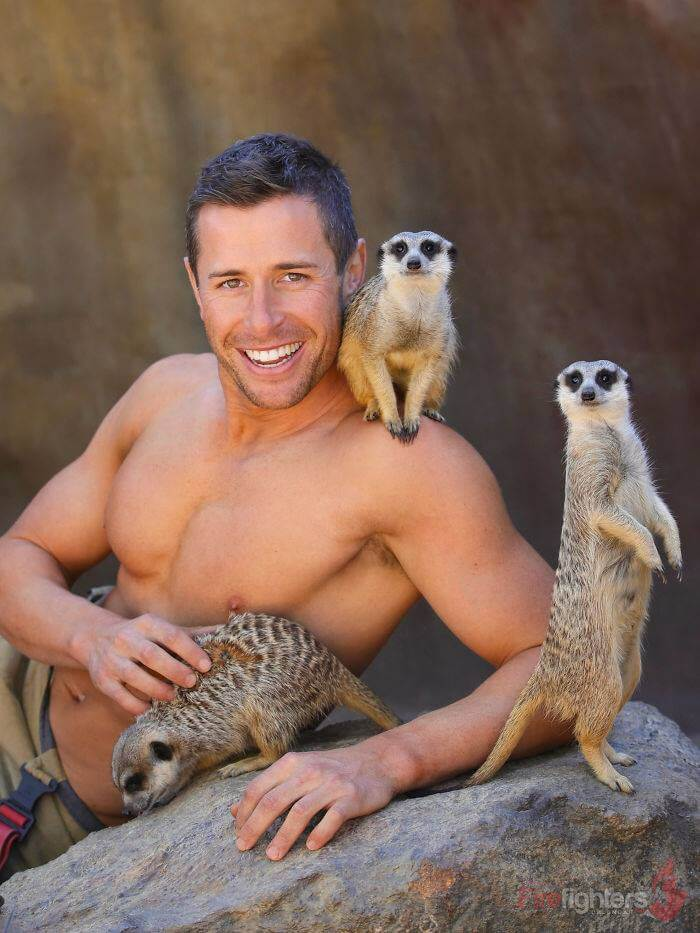 australian-firefighter-pose-with-animals-2019_5