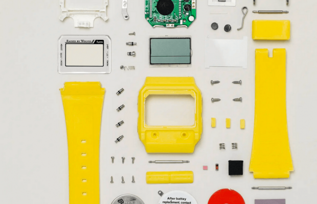 Todd McLellan photographs tech to pieces