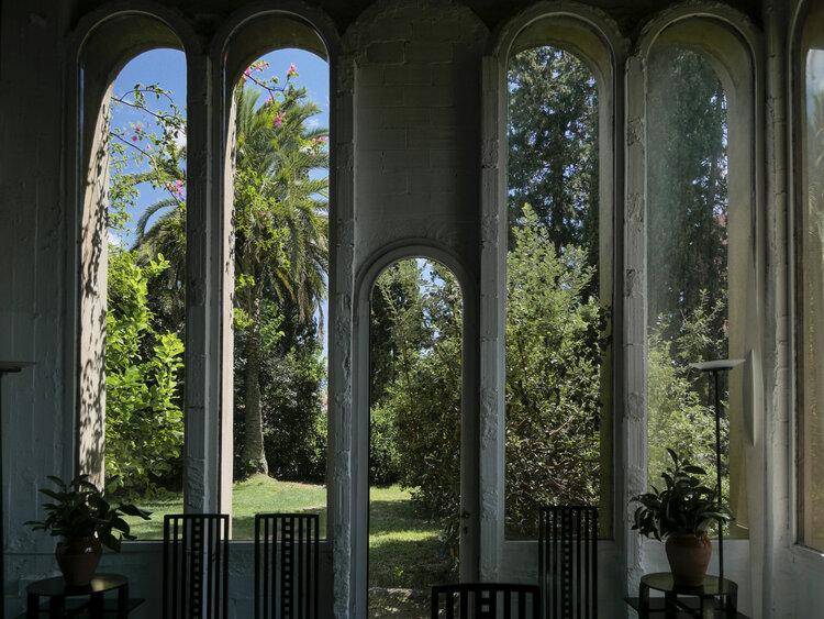 Architect Ricardo Bofill La Fabrica garden view