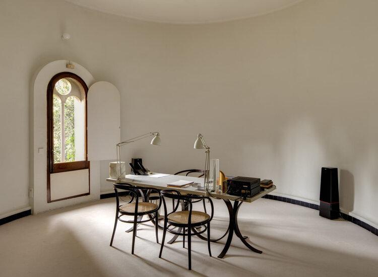 Architect Ricardo Bofill La Fabrica studio