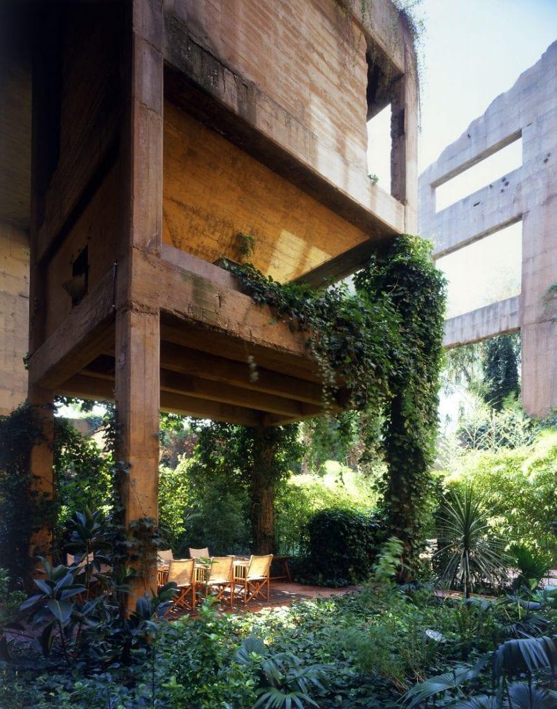 La Fabrica garden table