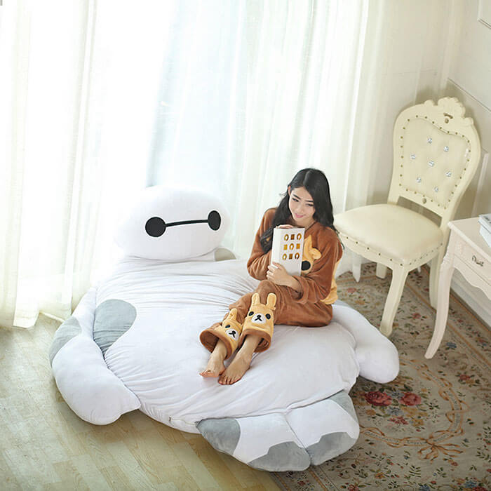 A Baymax bed that hugs us as we sleep?!